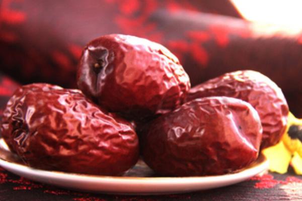 红枣什么人不能吃?4类人千万不能吃红枣?(1)