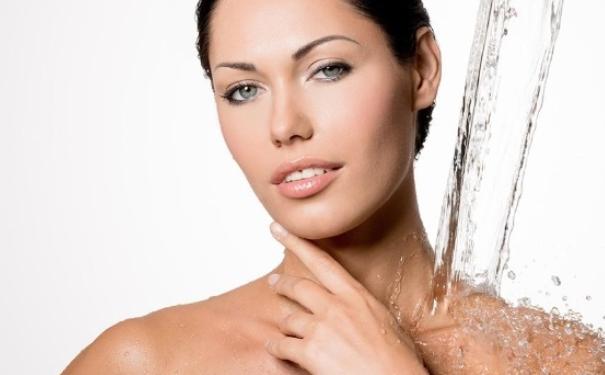 为什么你会老得快?这些护肤误区会加快衰老(1)