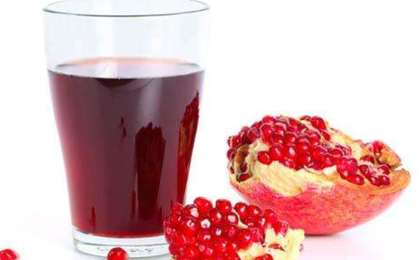 喝石榴汁能防治阳痿吗?男人喝石榴汁有哪些好处?(1)