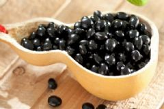 开心果有哪些营养功效?吃开心果需要注意什么?